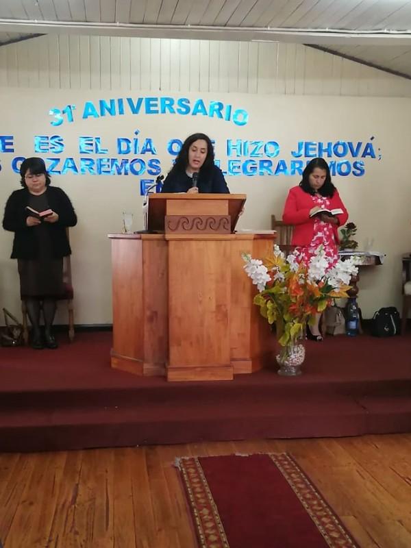 Señoritas de Hualqui visita IMPCH Padre las Casas