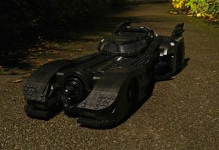Review: 76139 1989 Batmobile