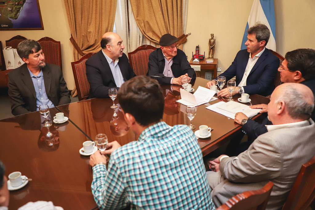 2019-11-05 PRENSA: Reunión con disertantes de Argentina, Chile y Brasil