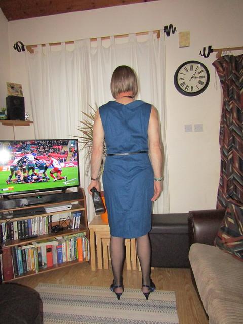 2-11-19 Lindy Bop 'Vanessa' Blue Swing Dress (4)