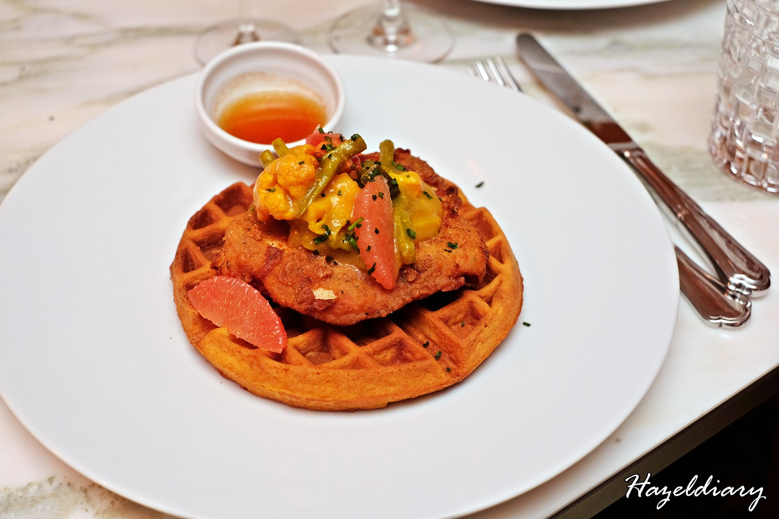 six Senses Brasserie -The Weekender's Brasserie Brunch-Waffles Chicken