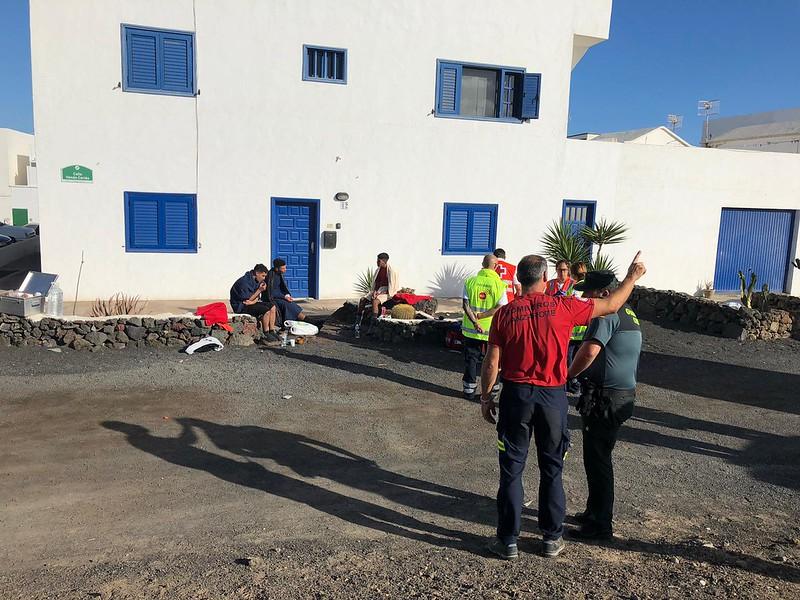 Patera volcada en Caleta de Caballo (06-11-19)