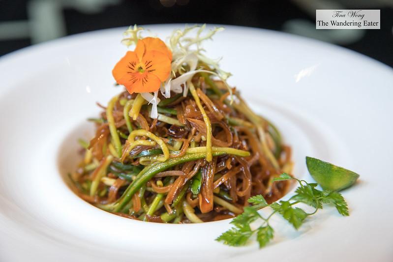 Roast Mushrooms with 5 seasonings (丽思精美凉菜五味烤珍菌)