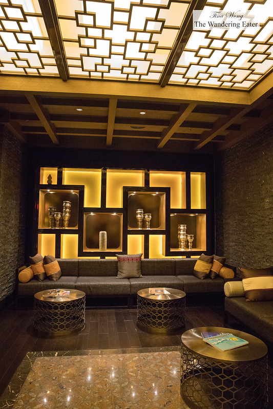 Foyer to Li Xuan