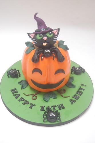 Fabulous Abbys Halloween Cake Beautiful Birthday Cakes Funny Birthday Cards Online Elaedamsfinfo