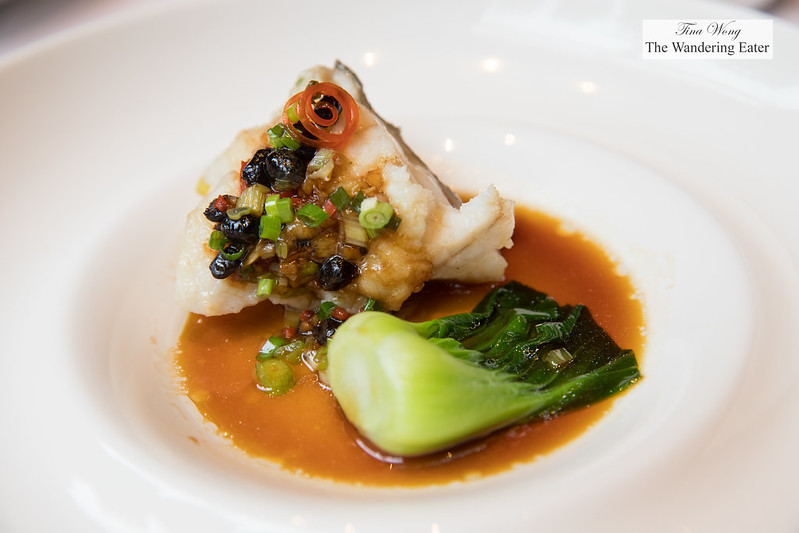 Steamed Spotted Grouper with Cantonese Fermented Soy Bean (广州豉味特色蒸深海青斑[位上])