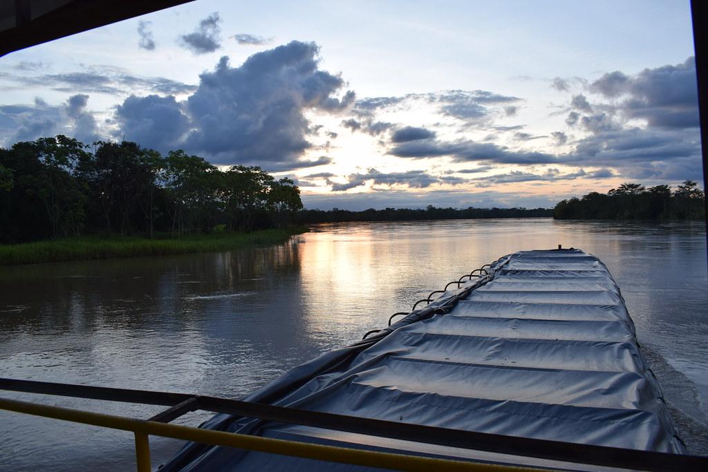 Corrientes de Paz en el Río Atrato: Agrotienda Fluvial Interétnica