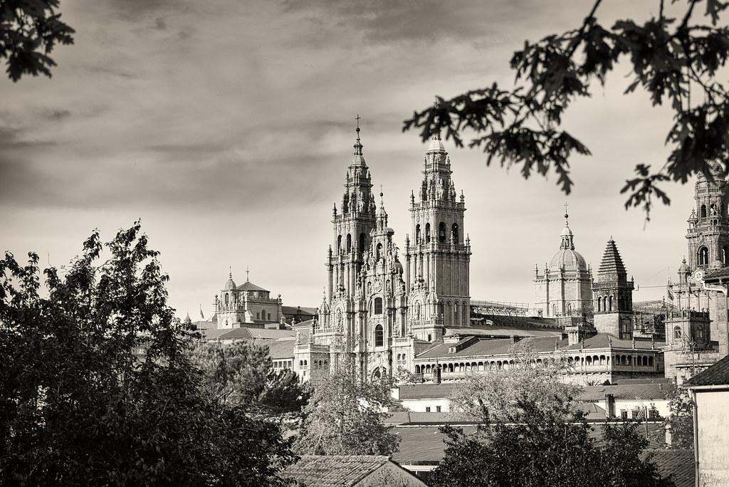 Catedral lejos-2