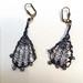 La Boutique Extraordinaire - Diana Brennan - Boucles d'oreilles perles et fil de métal - 60 €