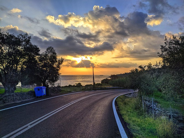 Early morning roadtrip.