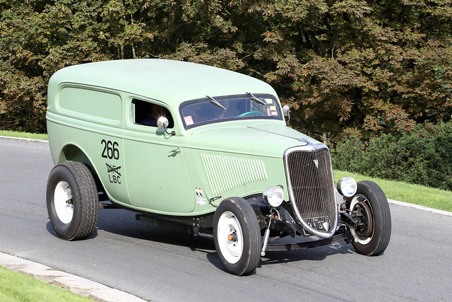 Ford (1933?)