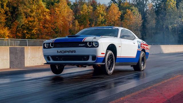 Mopar-Drag-Pack-Challenger