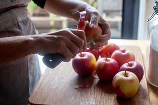 peel your apples