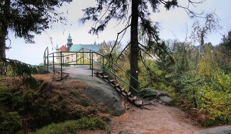 Zámecká vyhlídka zámek Hruba Skala