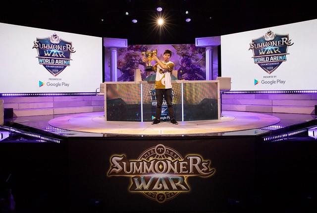 SW Finals_L'EST Champion Photo