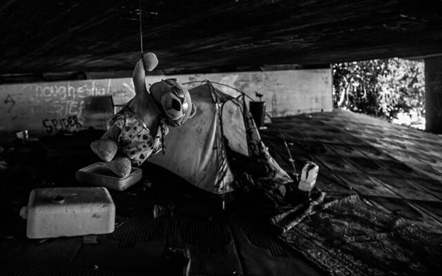 Homeless Camp in Hollywood's Heroin Den