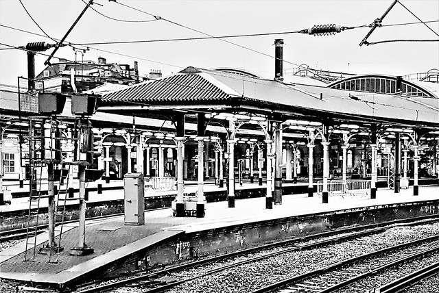 Central Station - Newcastle-Upon-Tyne B&W