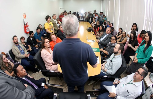 06.11.2019 Lançamento do edital com 17,5 mil vagas para o programa Bolsa Universidade 2020