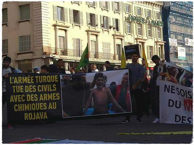 Demostration in Rome against Erdogan attack in Rojava.