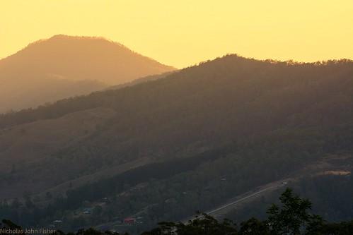 landscape canungra sequeensland queensland australia skyline valley sarabahrange mountwitheren sunset smoky smoke smokysky 2019drought spring