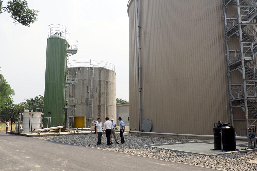 東海豐沼氣中心,厭氧消化系統可日處理200噸農業廢棄物。攝影:李育琴