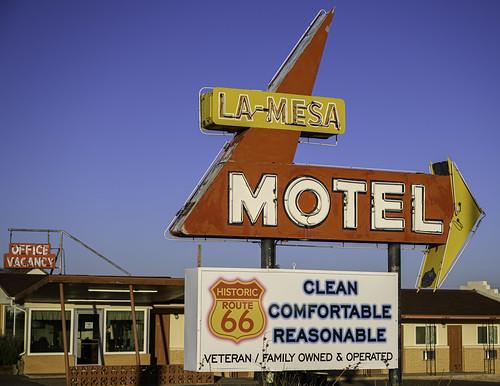 La Mesa Motel Sign