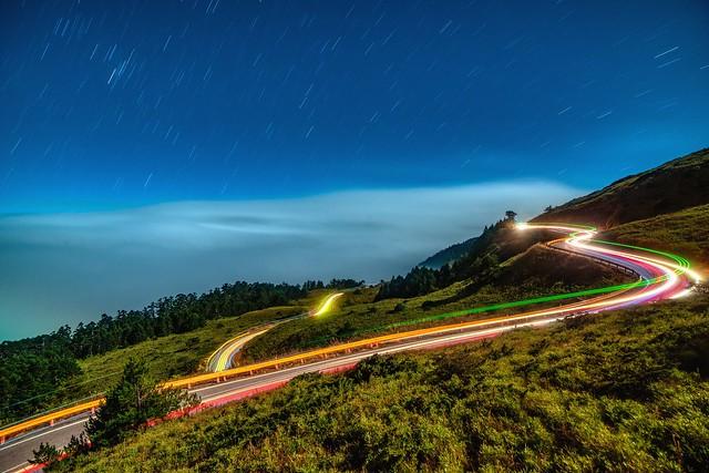 合歡山~月光雲海車軌~ Moonlight clouds