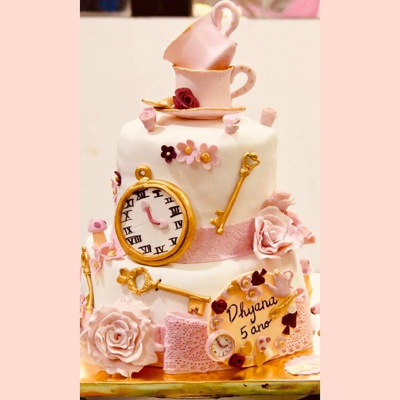 Cake by Dolcissimo Bakes