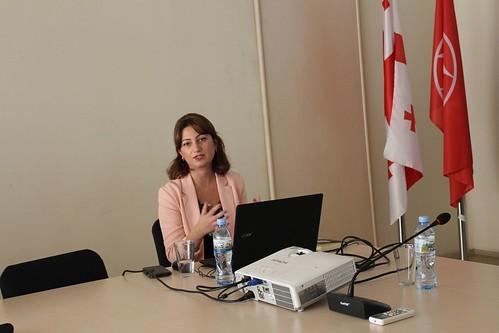 24.10.19. შეხვედრა ბოლნისში ქალთა მიმართ და ოჯახში ძალადობის თემაზე