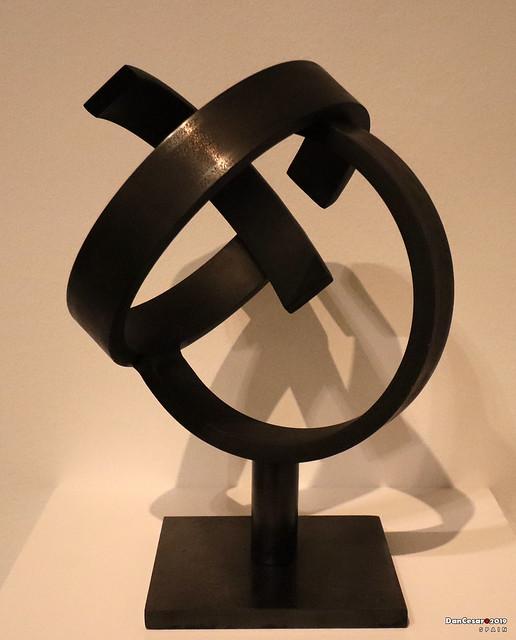 Oval-Shaped Variant of the Sphere's Idleness, 1958, Jorge Oteia, 1908-2003