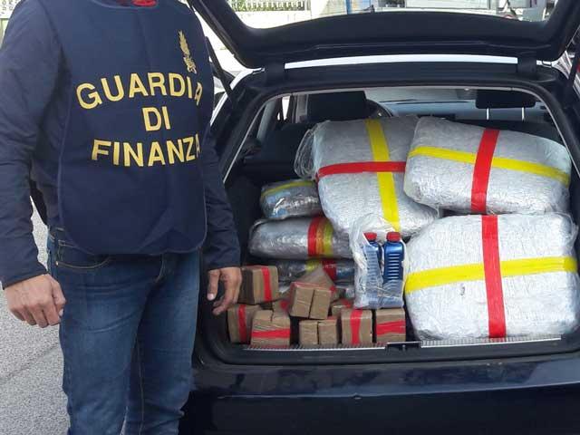 gdf arresta corrieri droga