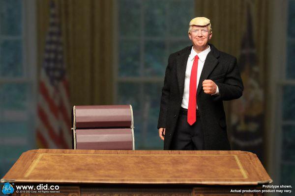 這回不開除人,而是來玩玩具!Did 唐納‧川普 立體化可動人形(DONALD TRUMP 2020)
