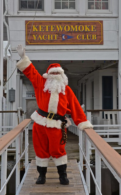 Santa w KYC sign DSC_3451 2 - JU