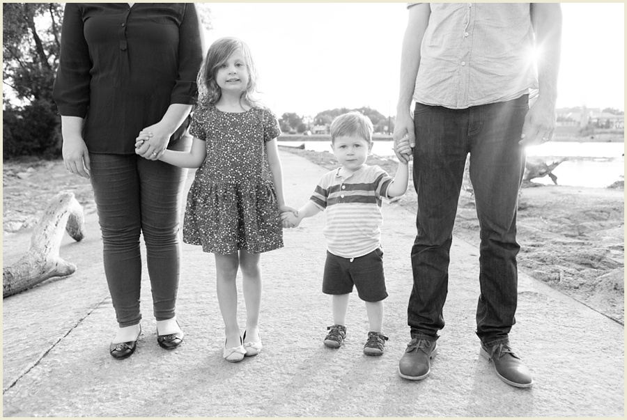iowacityfamilyphotographer-clevelandohiofamilyphotographer-jenmadiganphotography-24