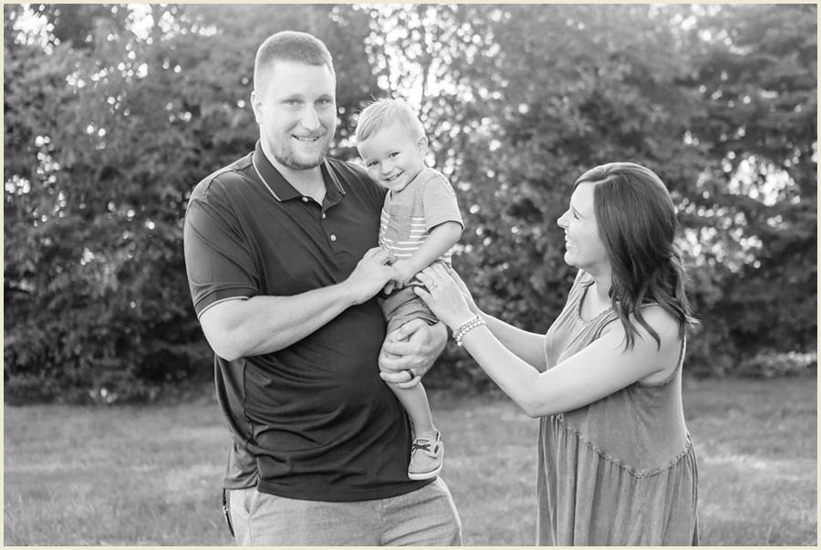 clevelandohiomaternityphotographer-clevelandfamilyphotographer-iowafamilyphotographer-iowamaternityphotographer-jenmadiganphotography02