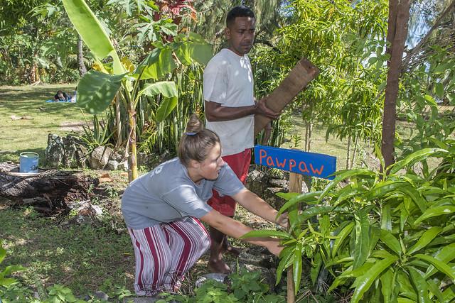 Natalie Jaroch works on local plants with Ju Masivou