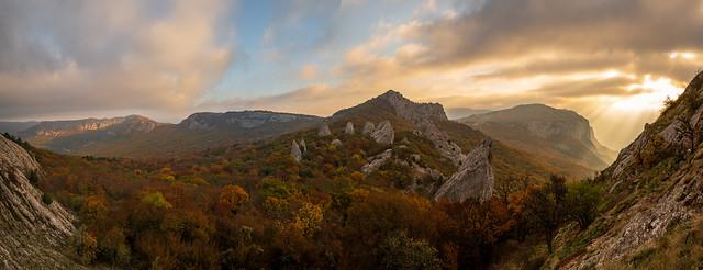 Tyshlar Rocks