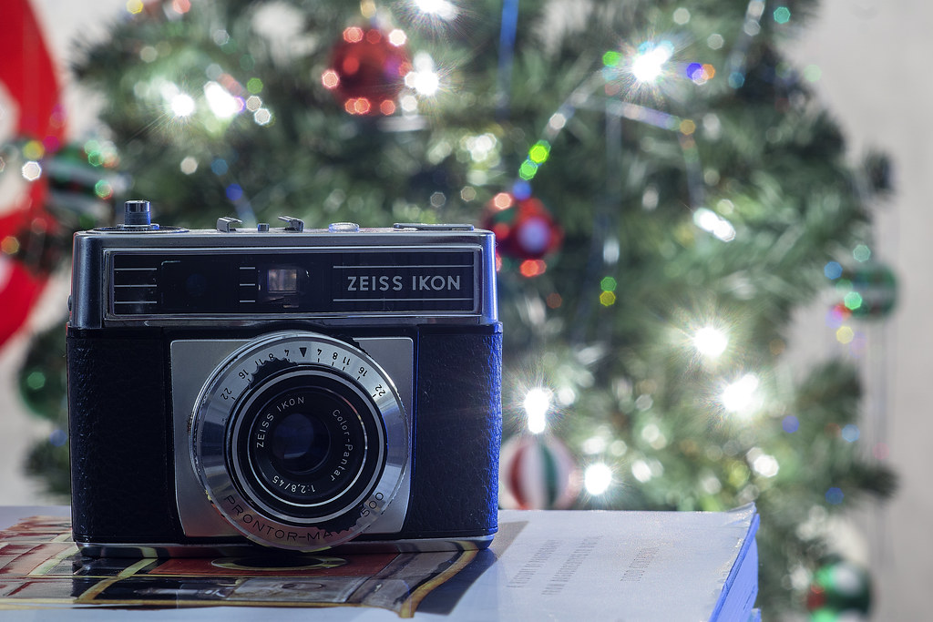 Camera Review Blog No. 117 - Zeiss Ikon Contessamat SE