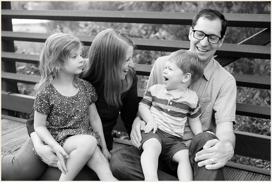 iowacityfamilyphotographer-clevelandohiofamilyphotographer-jenmadiganphotography-17