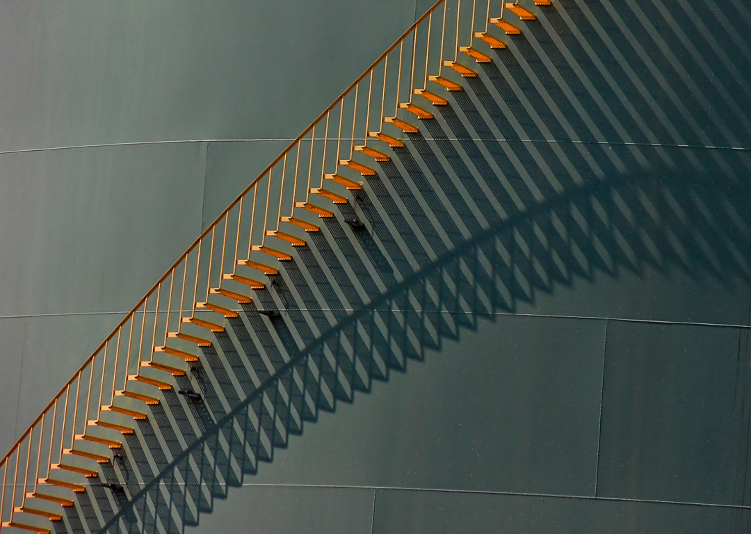 Steps above shadows