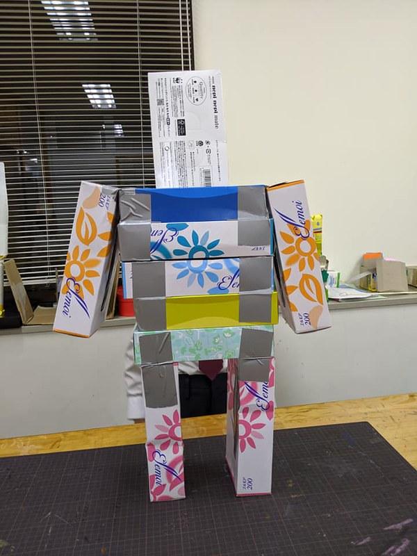 自由工作 ロボット01