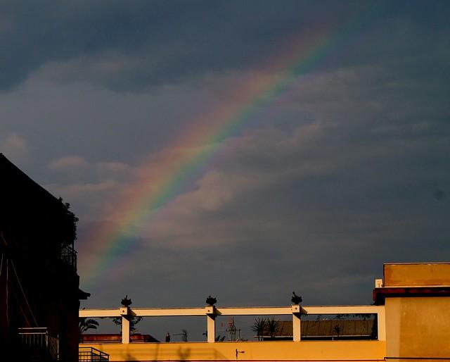 Piccolo arcobaleno ..tra i palazzi!!
