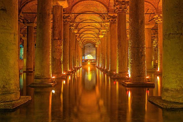 Yerebatan Sarnıcı(Basilica Cistern)