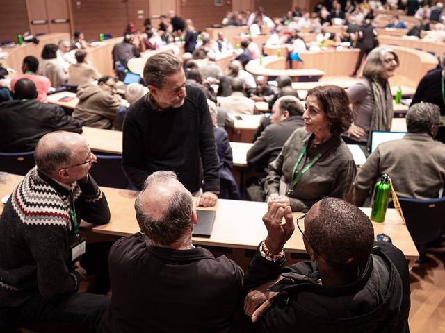 Jenny Cafiso, directrice de Canadian Jesuits International (en haut à droite), avec d'autres participants de la rencontre