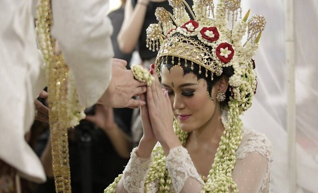Makeup Pengantin dan Rias Wajah Pengantin di <span>Belitung Timur</span>