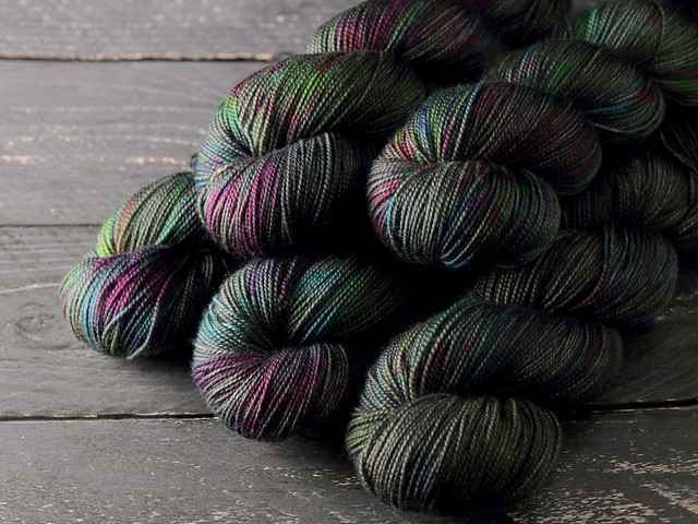 Favourite Sock – pure merino wool superwash 4 ply/fingering hand-dyed yarn 100g – 'Space Race'