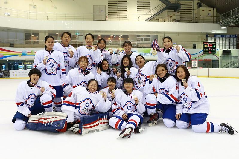 U18奪冠。(圖/中華冰球協會提供)