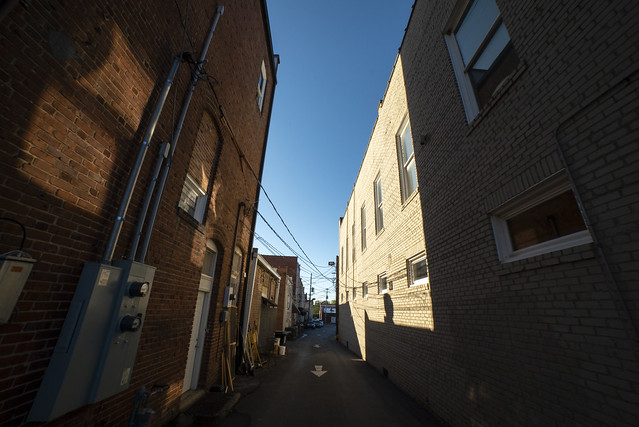 Alley and Arrow