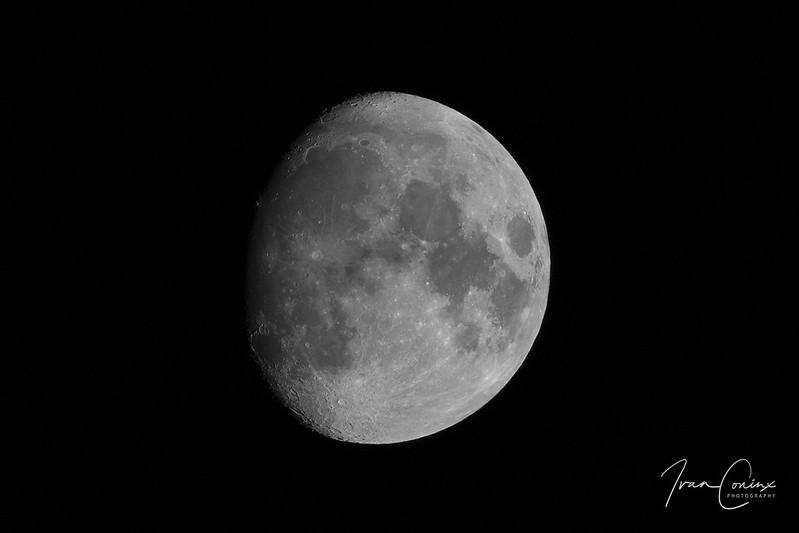 Moon – Mechelen – 2019 11 08 – 01 – Copyright © 2019 Ivan Coninx