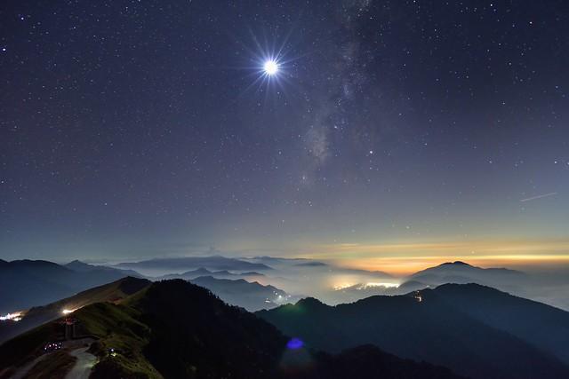 Moon and Milky way, Mountain Hehuan 合歡山